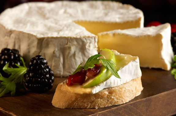 Camembert by Reny Picot