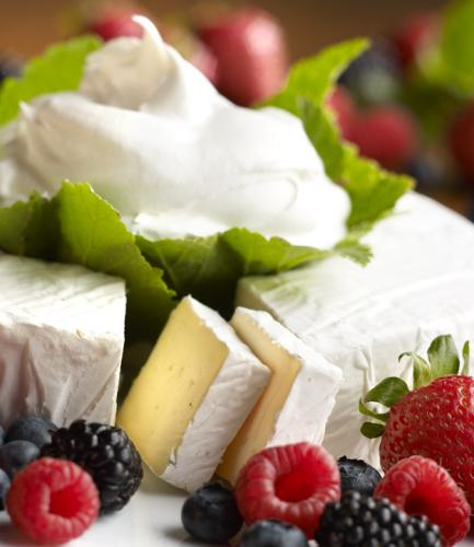 Brie with fruit 2