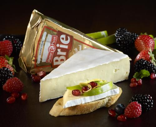 Plain brie double creme with product